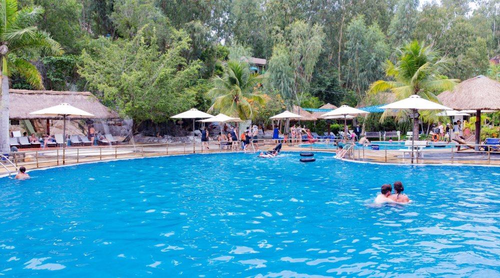Bể bơi Tắm bùn Tháp Bà Nha Trang