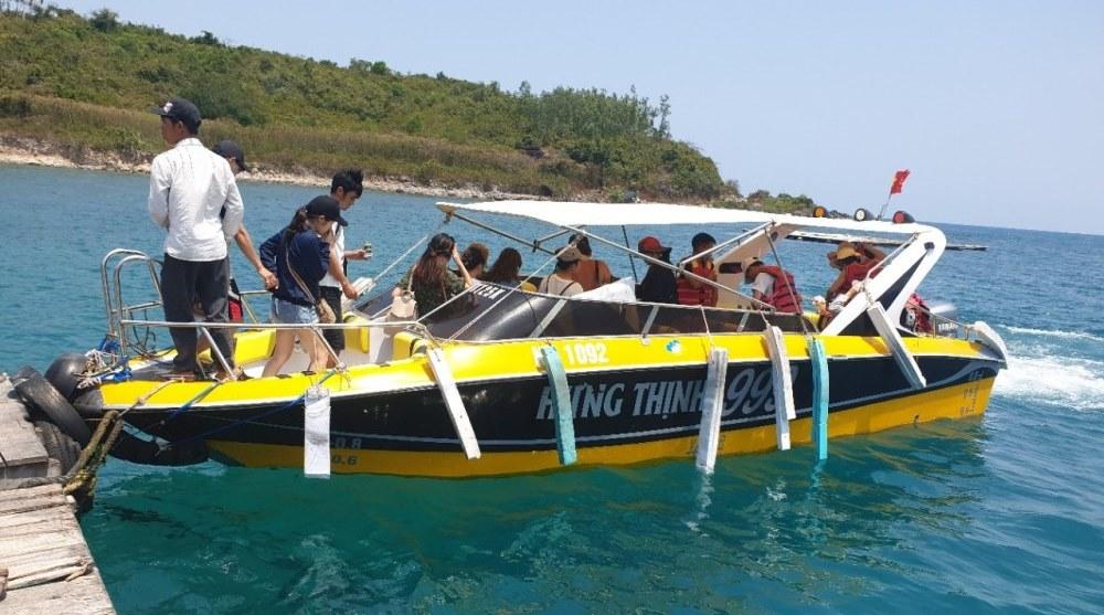 cano di 3 đảo Nha Trang