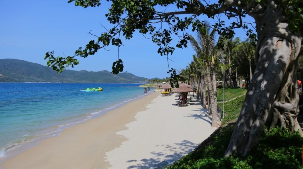 Bãi biển đảo Hòn Tằm