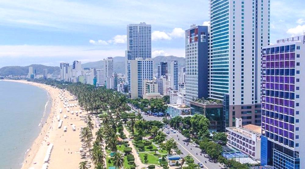 Khách sạn dọc bờ biển Nha Trang